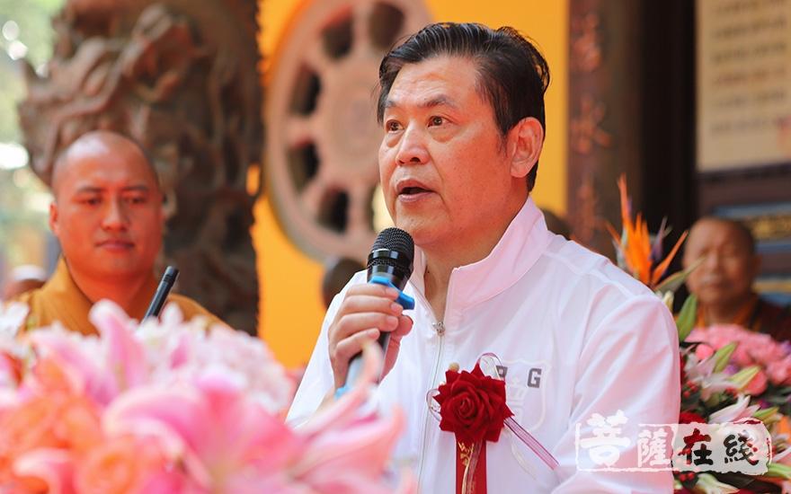 護法居士代表樊培仁致辭(圖片來源:菩薩在線 攝影:張妙)