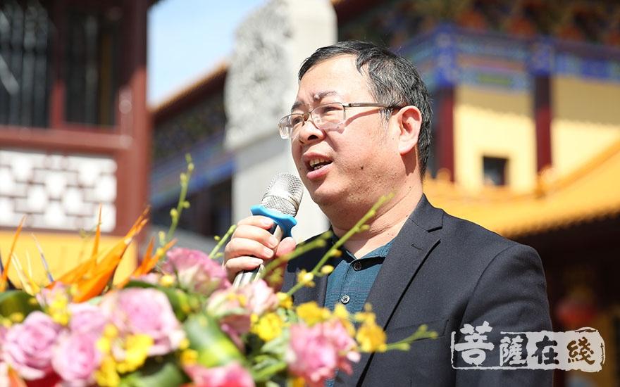 朱洪致辞(图片来源:菩萨在线 摄影:施琪)