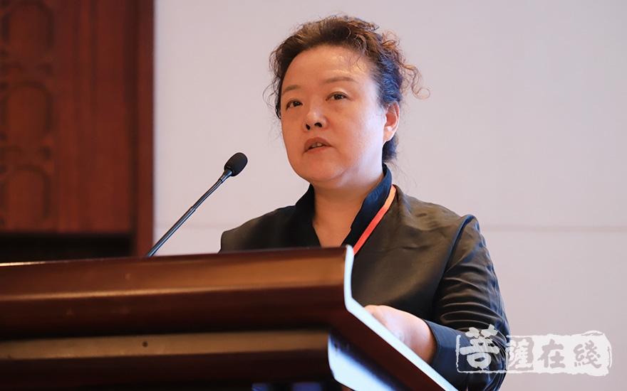 中国文化院秘书长白海燕致辞(图片来源:菩萨在线 摄影:张妙)