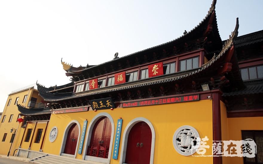无锡崇福寺(图片来源:菩萨在线 摄影:施琪)