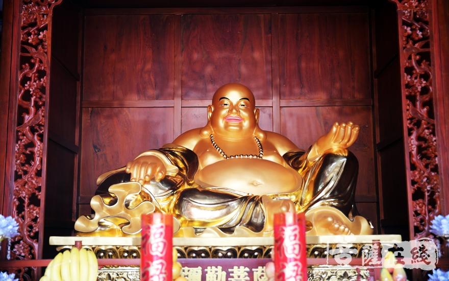 弥勒菩萨(图片来源:菩萨在线 摄影:李蕴雨)