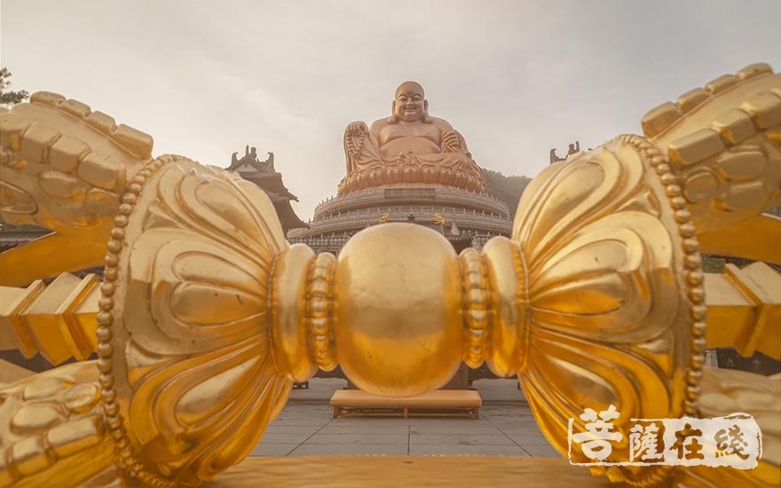 中国佛教五大名山——雪窦山(图片来源:菩萨在线 摄影:李金洋)