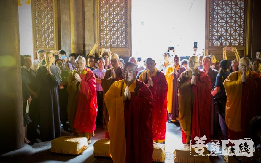 禅宗六大祖庭方丈共同主法(图片来源:菩萨在线 摄影:王正强)