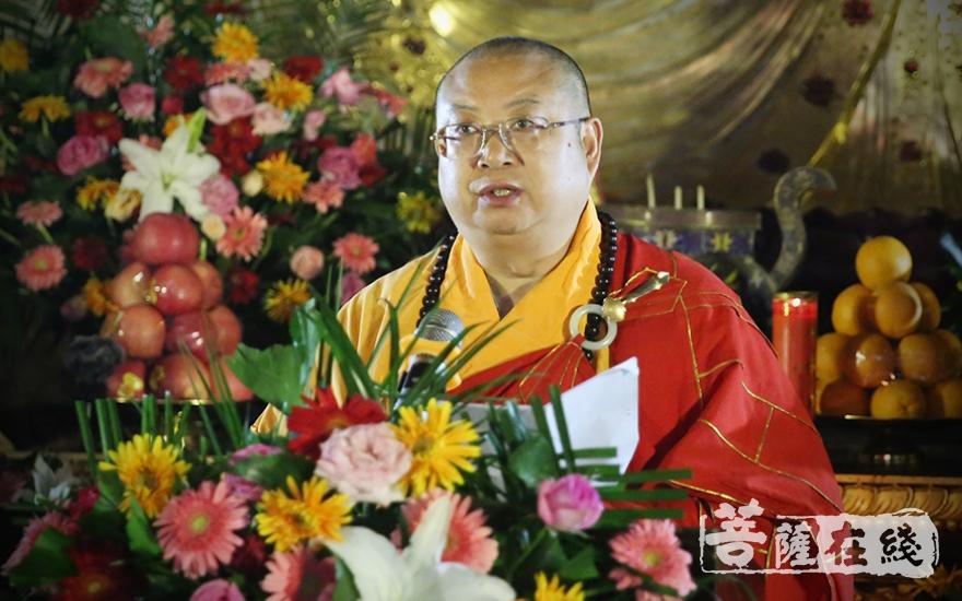 正慈大和尚表示,应该把禅宗文化研究推向新的高度(图片来源:菩萨在线 摄影:王正强)