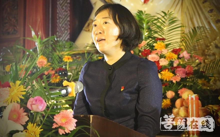 李力部长要求,坚持佛教与社会主义社会相适应(图片来源:菩萨在线 摄影:唐林雪)