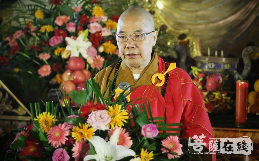 传正大和尚和表示,佛教文化与中国文化已经融合在一起(图片来源:菩萨在线 摄影:唐林雪)