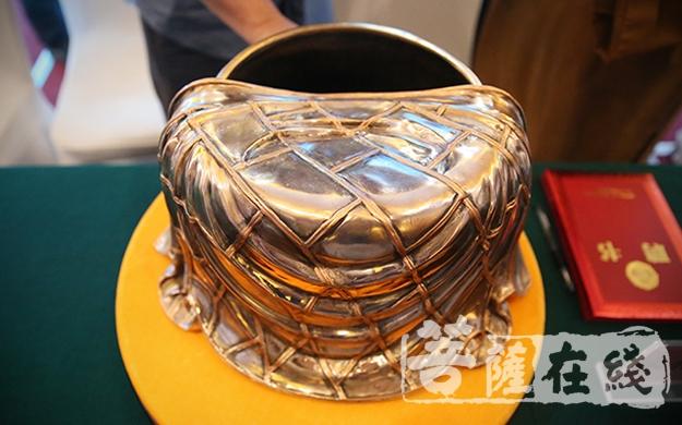 曹溪衣钵(图片来源:菩萨在线 摄影:唐林雪)