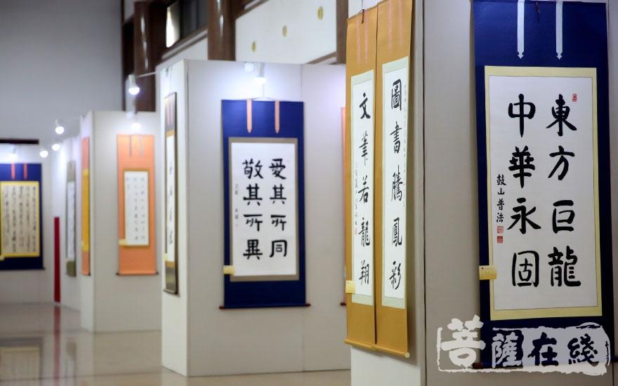 对新中国成立70年来伟大成就的讴歌(图片来源:菩萨在线 摄影:唐林雪)