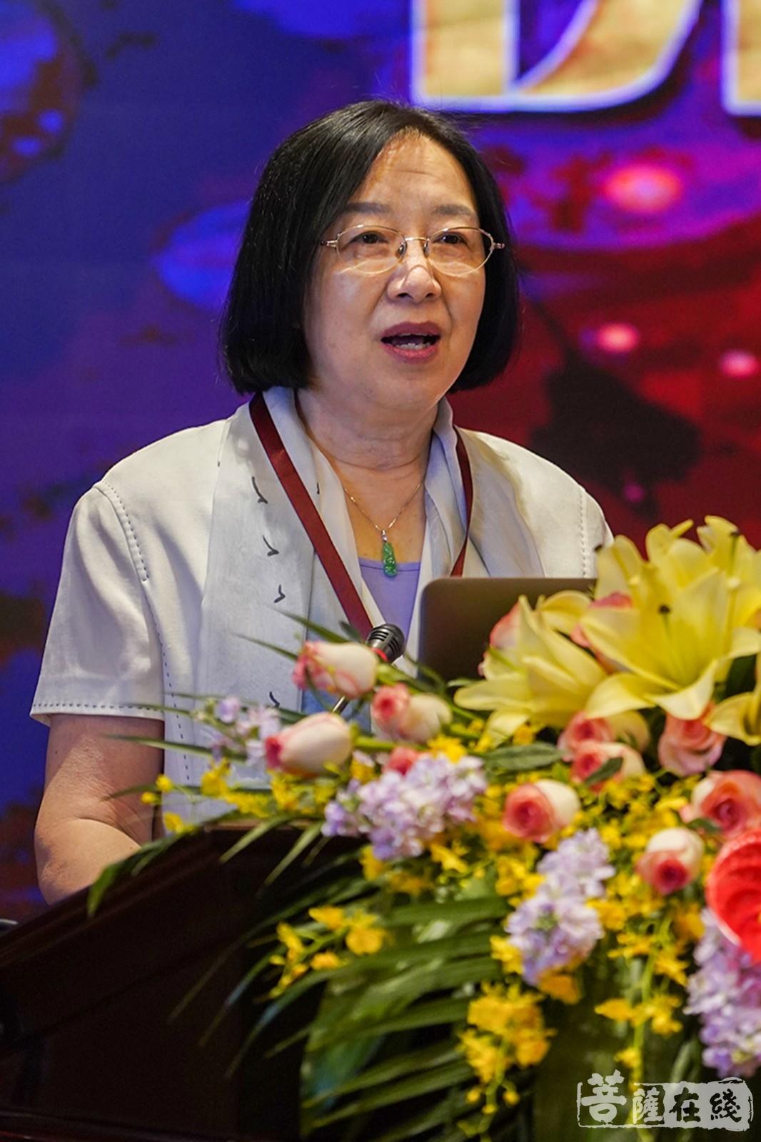 周大力希望这次研讨会能为中国生死学的发展再添一把火(图片来源:菩萨在线 摄影:唐雪凤)