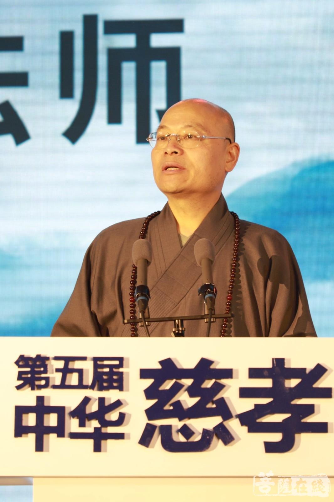 光泉法师:新的时代赋予我们新的使命(图片来源:菩萨在线 摄影:邓彬)