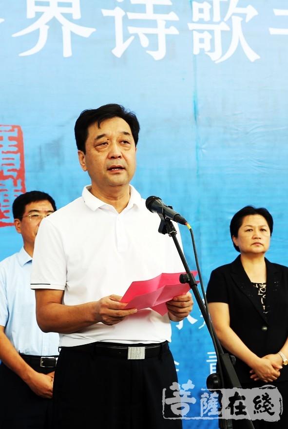 青州市政协主席刘永福预祝活动圆满成功(图片来源:菩萨在线 摄影:李蕴雨)