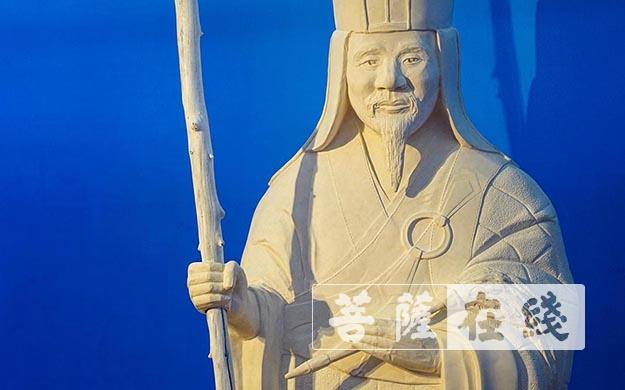 隐元禅师雕像-内藤香林雕刻(图片来源:菩萨在线 摄影:卢鹏宇)