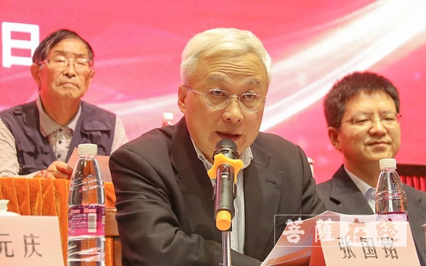 上海市佛教协会秘书长张国铭致辞(图片来源:菩萨在线 摄影:唐雪凤)