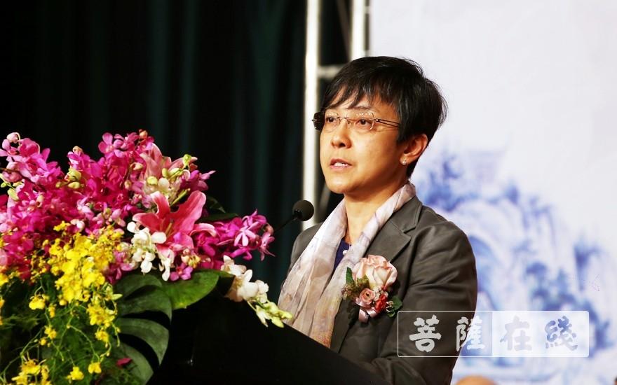 文绮华局长代表澳门旅游局预祝此次会议取得圆满成功(图片来源:菩萨在线 摄影:李蕴雨)
