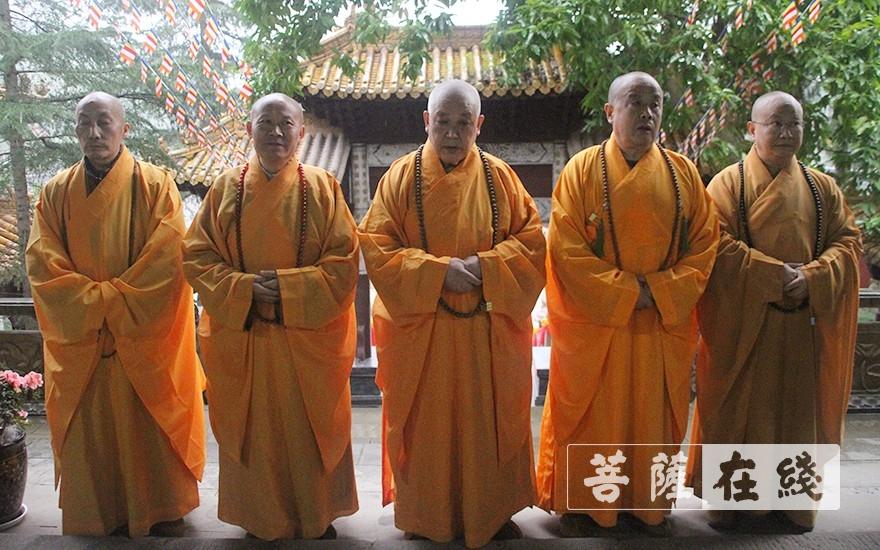 尊证阿阇黎师(图片来源:菩萨在线 摄影:王颖)