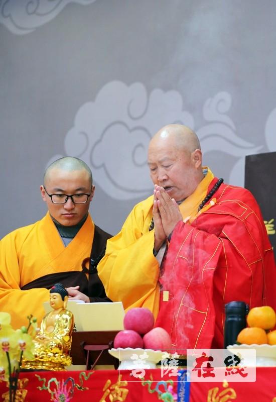教授阿阇黎(图片来源:菩萨在线 摄影:李蕴雨)