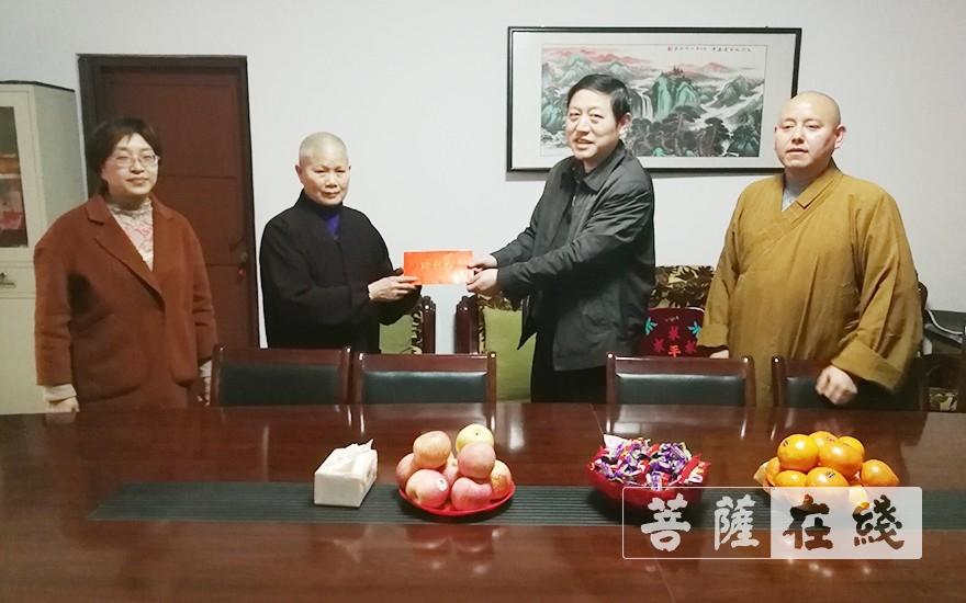 安徽省安庆市佛教界筹资近20万元帮助困难寺院