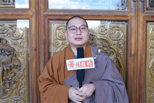 寶泉寺三壇大戒現場采訪陪堂二師父耀光律師