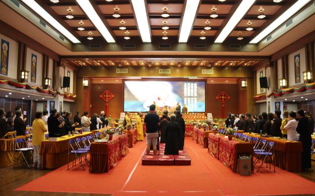 上海七宝教寺举行讽诵《地藏经》祈福法会
