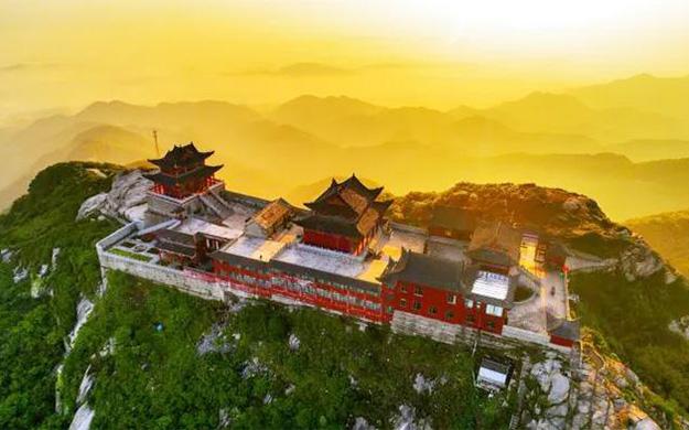 中原的布达拉宫——河南桐柏山云台禅寺