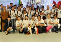 【高清图集】觉群慈爱功德会组织西藏盲童学校的学生看世博